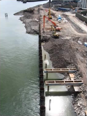 aNorthern Ireland: Stormont Wharf