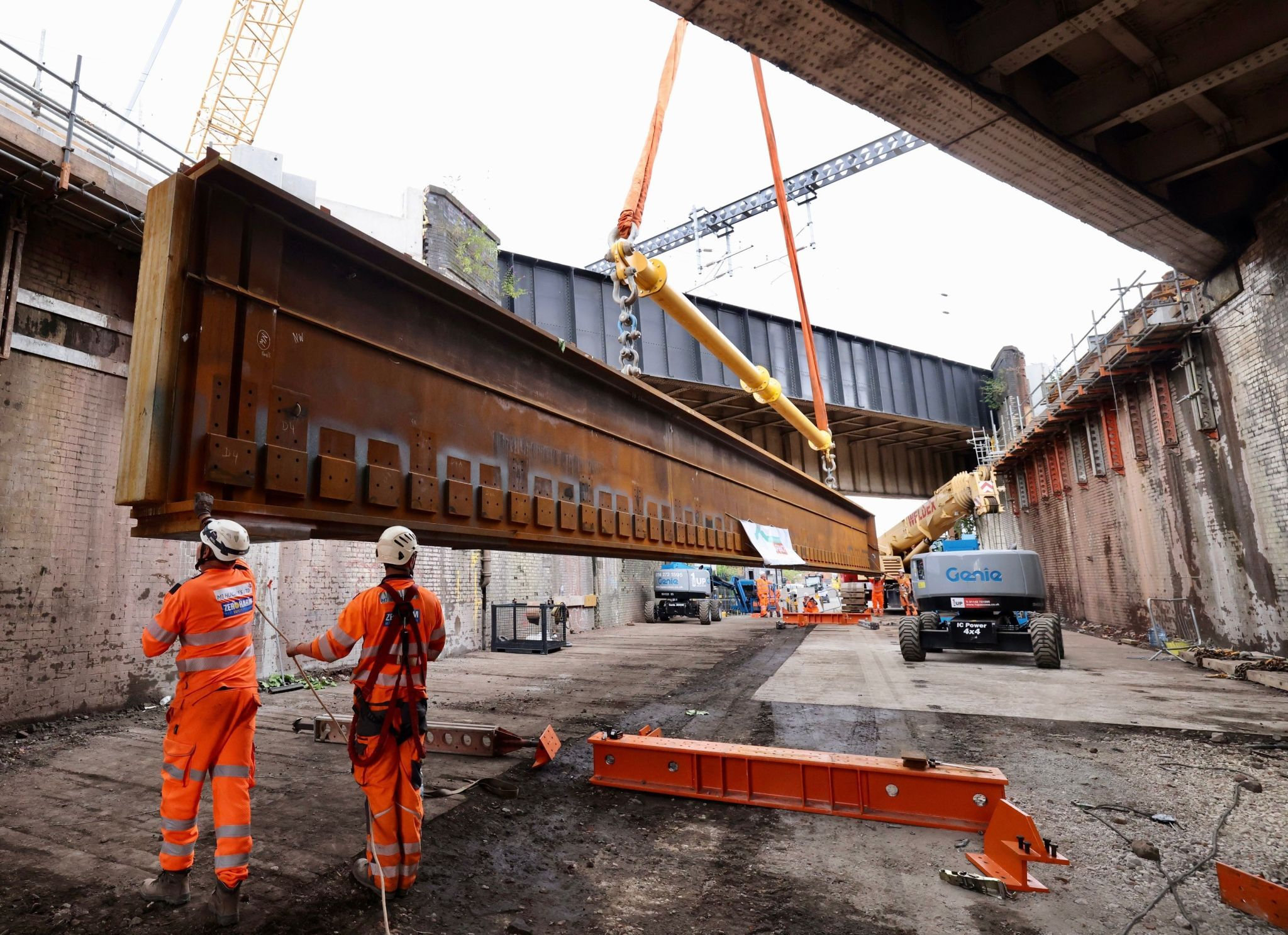 DAWSON-WAM continue to support some of the largest cranes in the UK!