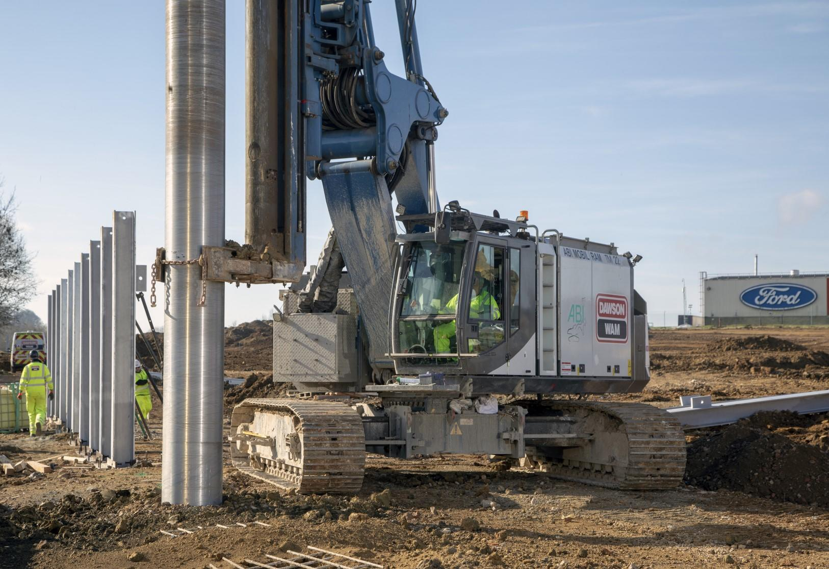 Installing over 600 meters of King Post Walls in Daventry