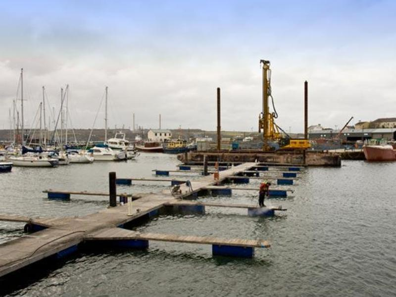 Wales: Milford Haven Marina Floating Pontoon Anchors